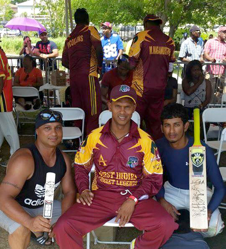 Shivnarine Chanderpaul with two fans.