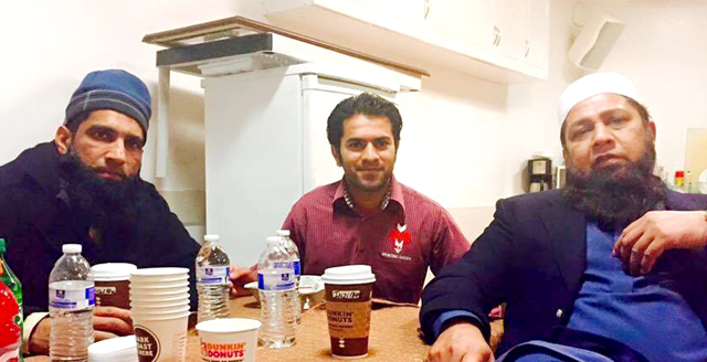 Sheryar Hussain (center) is seen here with Pakistan greats, Mohammad Yousuf, (left) and Inzamam-ul Haq (right).