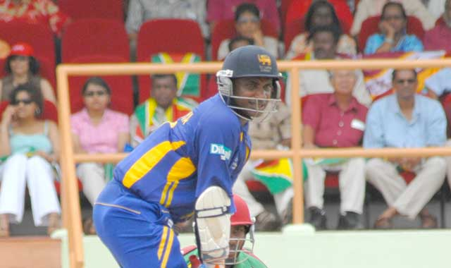 Sanath Jayasuriya batting