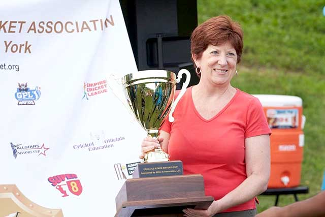 Mayor of Albany Kathy Sheehan posing with the championship cup.